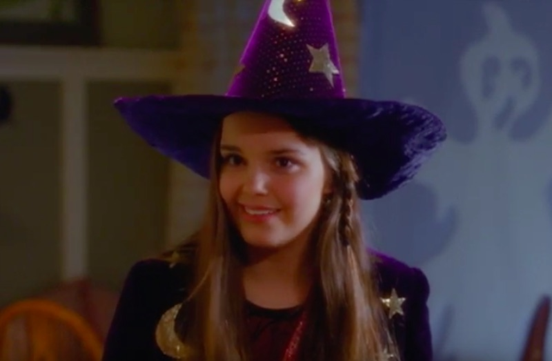 5 reasons why watching the <em>Halloweentown</em> movies will bring you happiness on All Hallows' Eve
