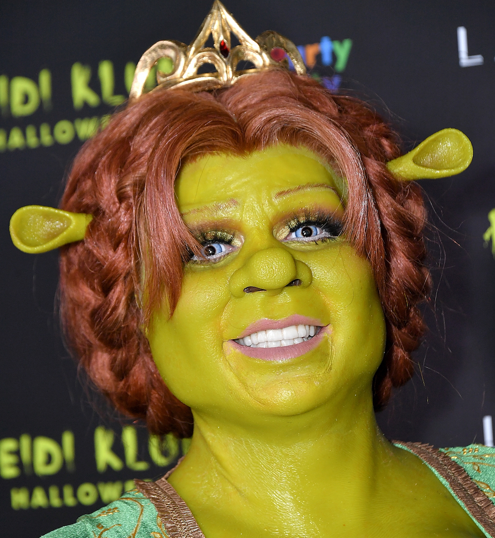 Heidi Klum slays Halloween once again as <em>Shrek's</em> Princess Fiona