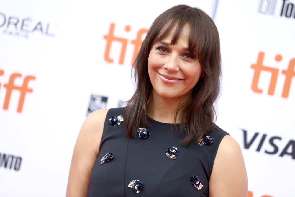 "Rashida Jones is developing the sitcom of your feminist dreams—and it's called ""Kevin Can F--- Himself"""