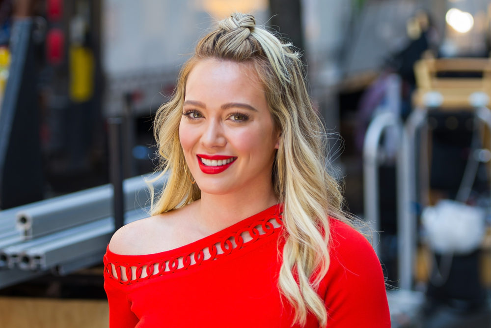 Hilary Duff revealed she drank her placenta in a smoothie, and here's what she thought