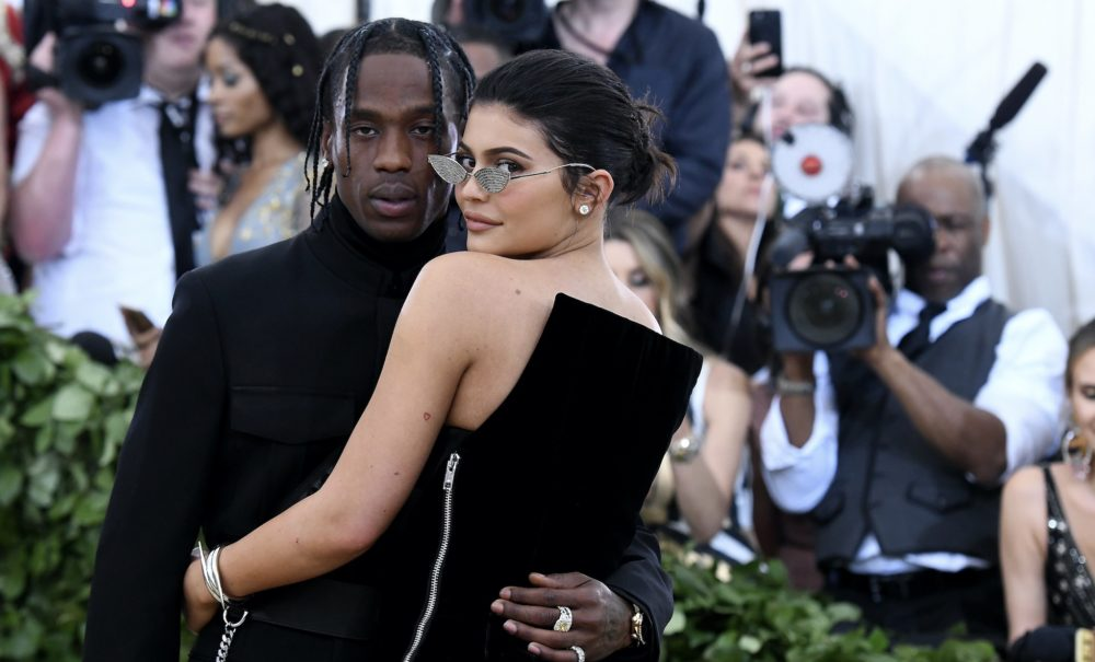 "Travis Scott opened up about how Kris Jenner ""held him down"" during Kylie's delivery"