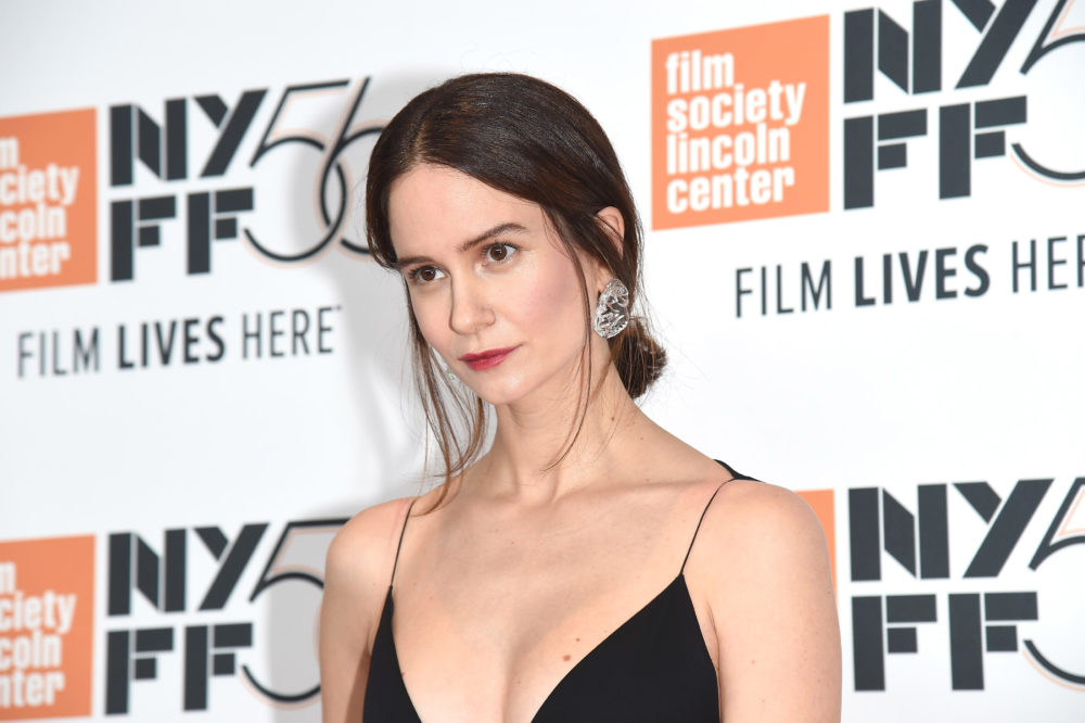 <em>Fantastic Beasts</em> star Katherine Waterston revealed she's pregnant with a surprise red carpet look