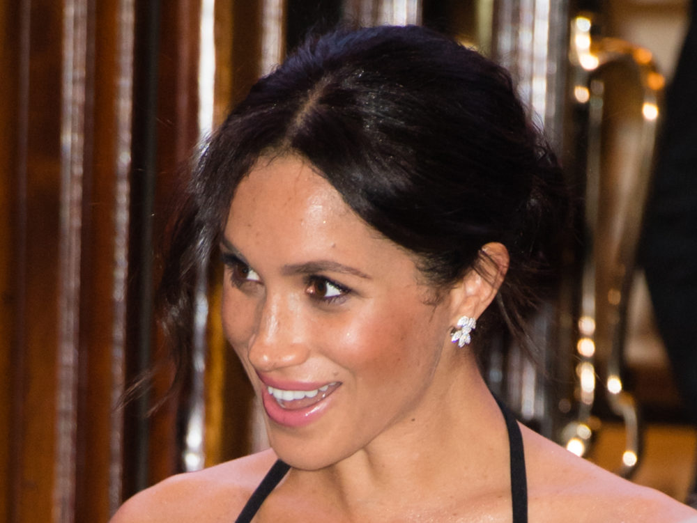 Um, the royals might weigh Meghan Markle before and after Christmas dinner this year