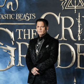 Johnny Depp's acting—and abuse accusations—ruined <em>Fantastic Beasts 2</em> for me