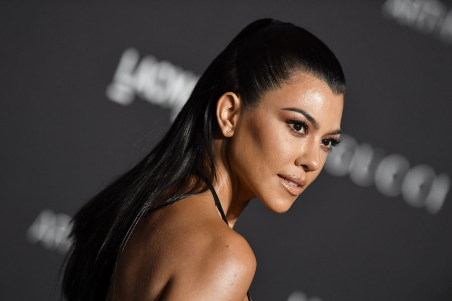 Kourtney Kardashian posted a photo showing off her stretch marks, and it's so refreshing