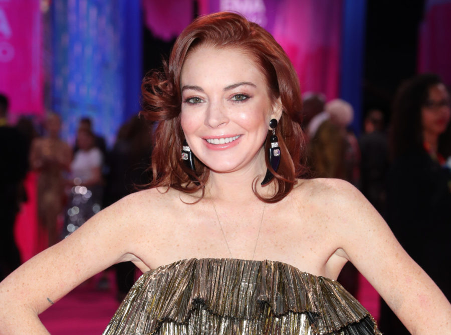 "Lindsay Lohan is ""flattered"" by Ariana Grande's <em>Mean Girls</em>-inspired video, thank u very much"