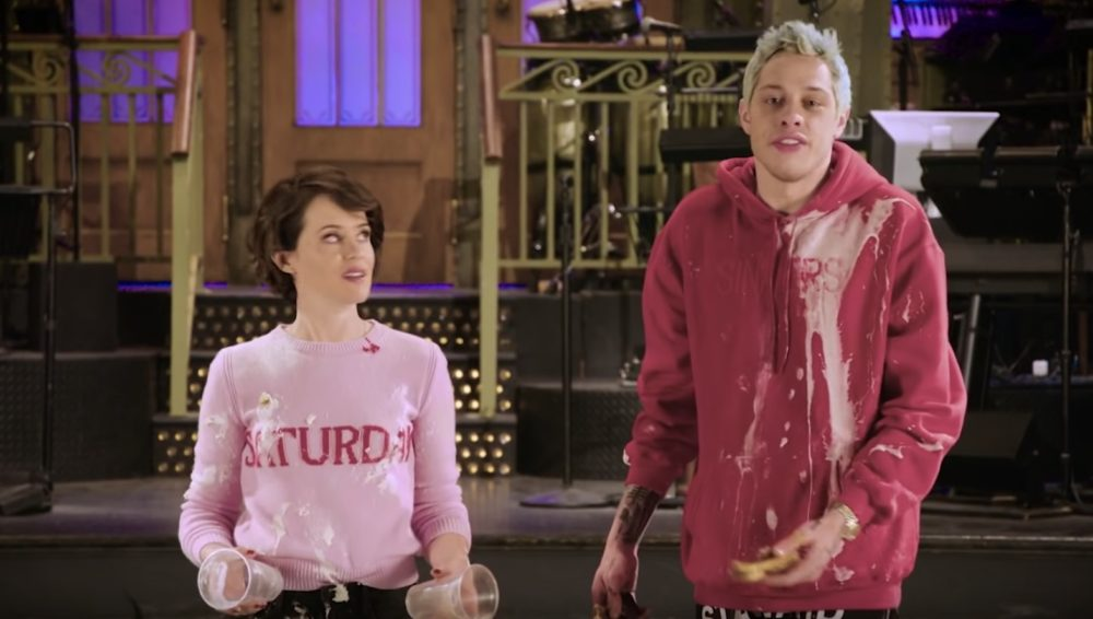 Pete Davidson and Claire Foy's intense food fight in this new <em>SNL</em> promo will give you life