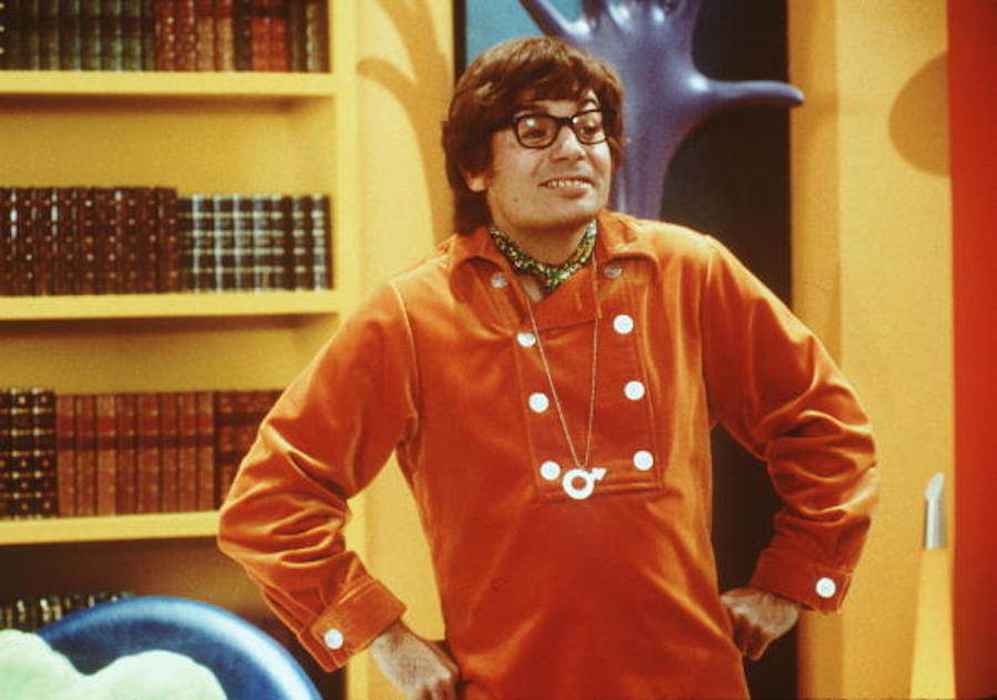 5 scenes from <em>Austin Powers</em> that I totally misunderstood as a kid