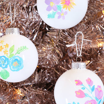 These hand-painted floral ornaments will give your Christmas tree secret garden vibes