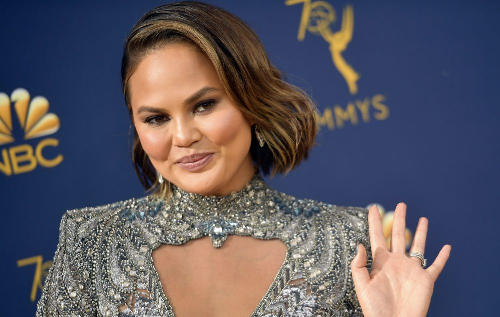 Chrissy Teigen's latest Trump clapback is so savage—and we're still laughing