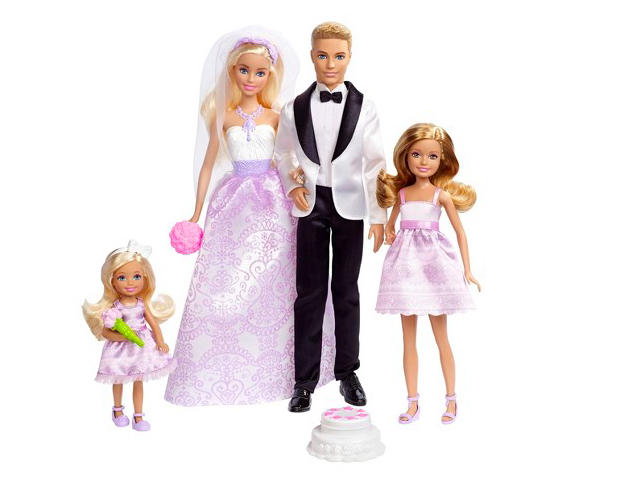 A gay couple created their own same-sex Barbie wedding set, and now Mattel wants to make one for real