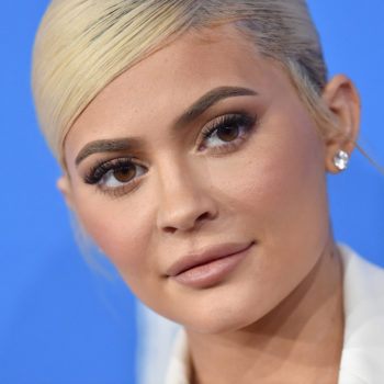 Kylie Jenner dyed her hair icy blue, and she's already starting off 2019 with a bang