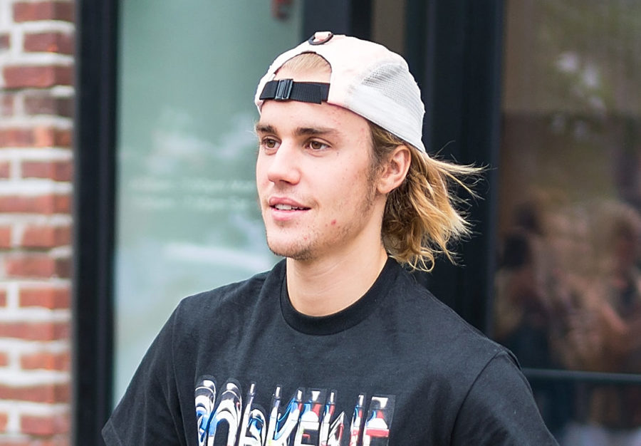 We finally have a clear shot of Justin Bieber's face tattoo