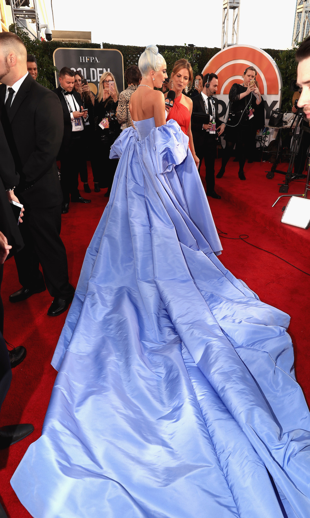5df81bfcd590 Lady Gaga Blue Hair And Dress 2019 Golden Globes - HelloGiggles