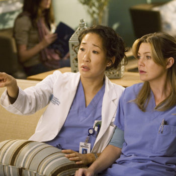 Ellen Pompeo had the sweetest reaction to Sandra Oh's historic Golden Globes win