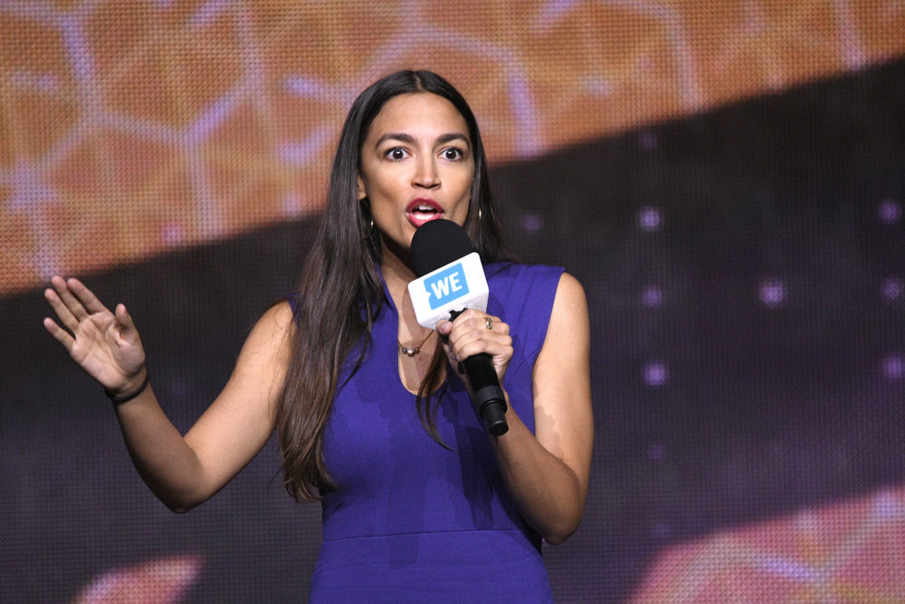 A journalist compared Alexandria Ocasio-Cortez to Sarah Palin, and AOC is not here for it