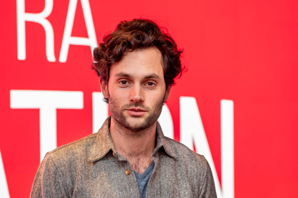 Penn Badgley has a message to fans who are attracted to his creepy <em>You </em>character