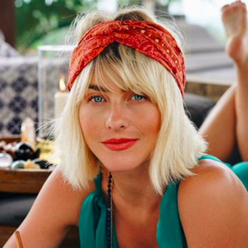 """Julianne Hough got real about having sex with endometriosis:""""It can definitely cut things short"""""""