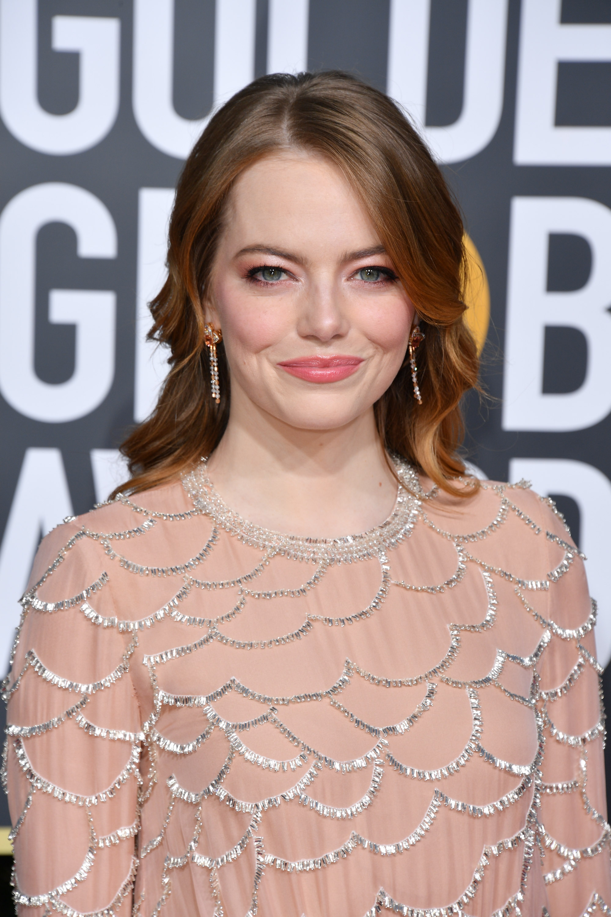 Emma Stone Debuted Dark Brown Hair, And She Looks Like Snow White - HelloGiggles