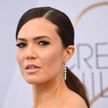 Mandy Moore's ponytail at the 2019 SAG Awards featured the chicest hidden detail