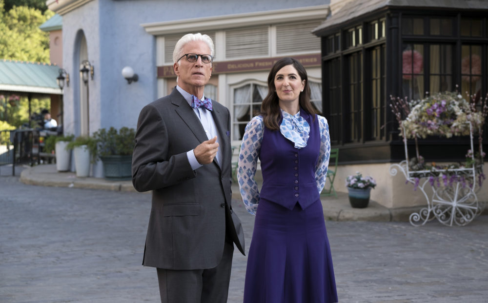 """The Good Place"" star D'Arcy Carden wants to live at Ted Danson's house in the afterlife"