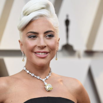 "Lady Gaga's homage to Audrey Hepburn at the 2019 Oscars will make you sing ""Moon River"""