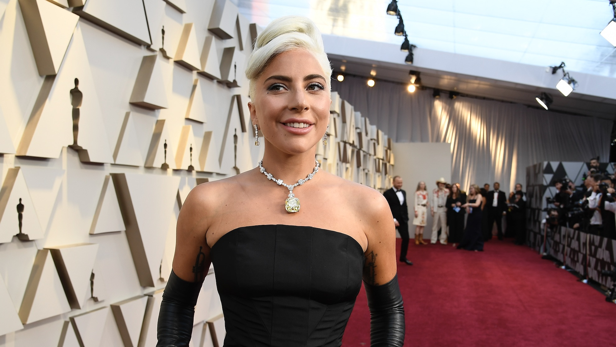 All the hidden fashion details you probably missed at the 2019 Oscars
