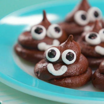 "Make all your friends laugh with this ""poop emoji meringue"" recipe"