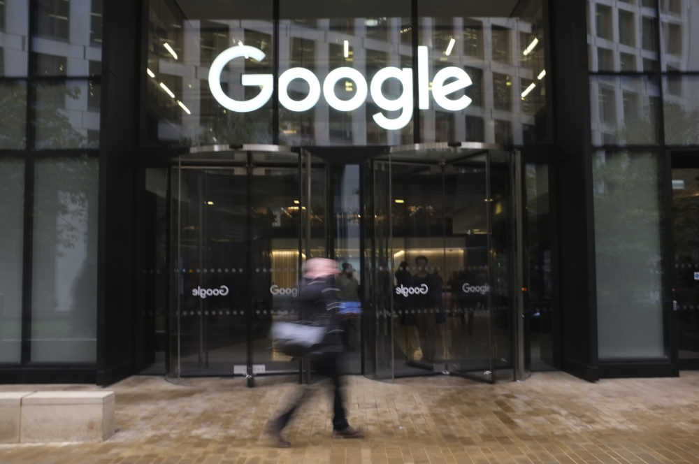 Google's Attempt To Close Gender Pay Gap May Benefit Male Employees