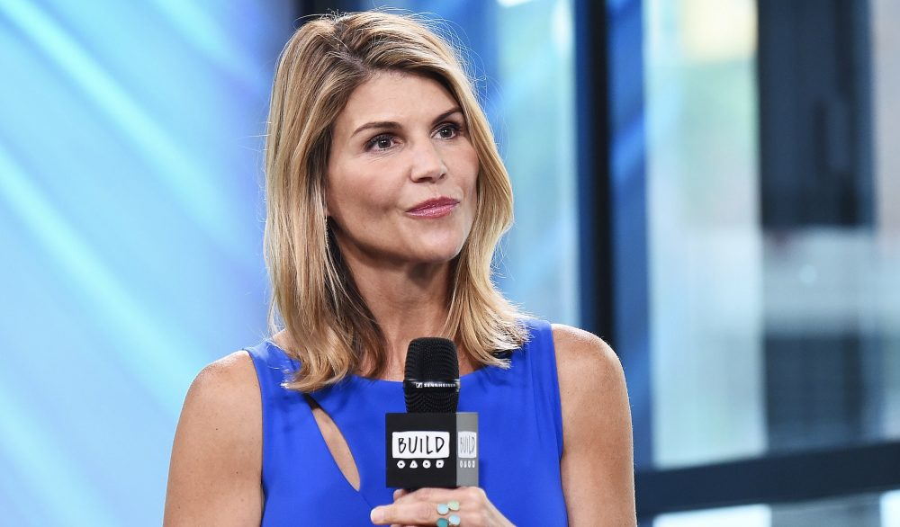 "Aunt Becky is reportedly being written out of ""Fuller House"" amid the college admissions scandal"