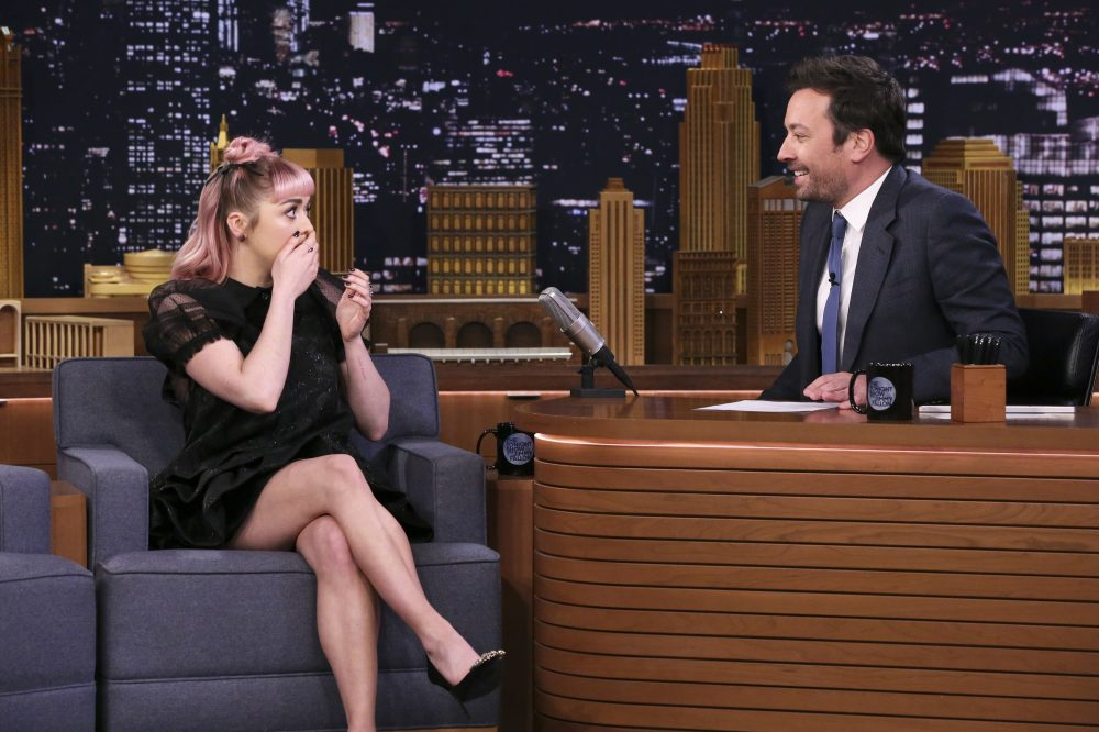 "Maisie Williams pranked the Jimmy Fallon audience with a huge <em>GoT</em> ""spoiler,"" and it's so hard to watch"