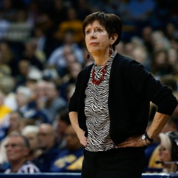 This women's basketball coach won't hire male coaches for this badass (and feminist)reason
