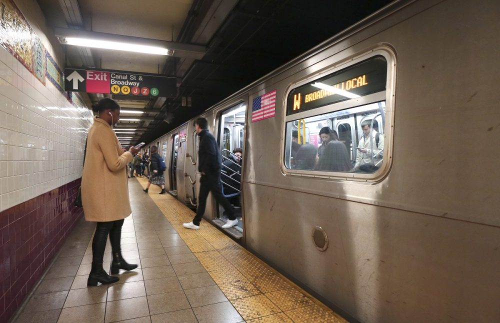 This woman's viral account of helping an epileptic stranger on the subway will change the way you think about disability
