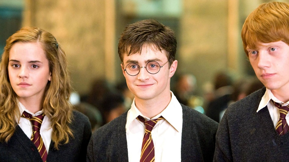 The first photos of the <em>Harry Potter</em> Vans are here, and just take all our galleons