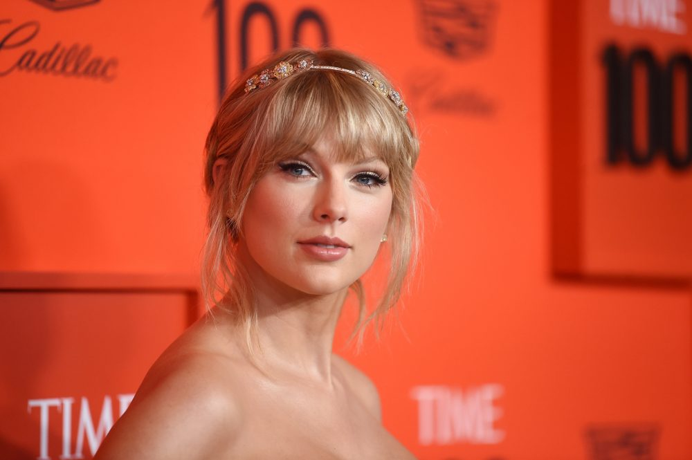"Taylor Swift went ""old Taylor"" so hard in this Juliet-style princess dress at the TIME 100 Gala"