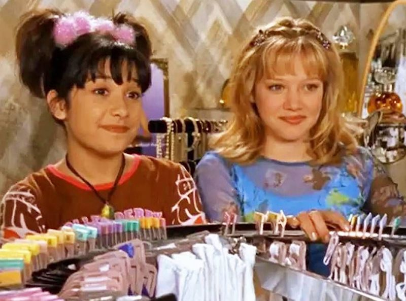 Iconic <em>Lizzie McGuire</em> hairstyles that will give you inspo for your summer 'do