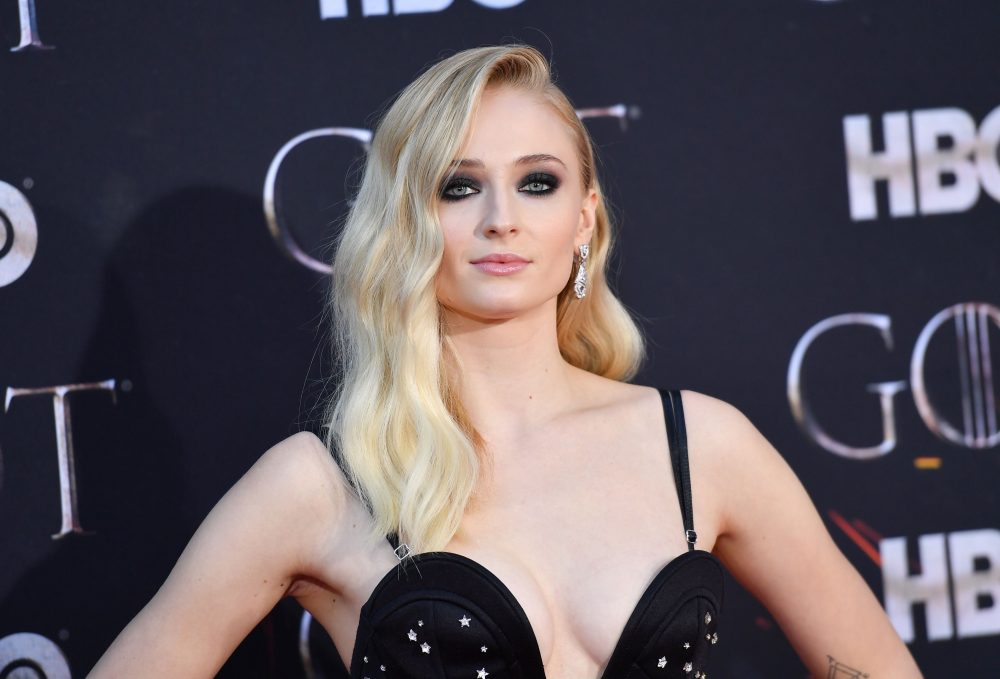 Sophie Turner clarified one of the most controversial scenes from the final season of <em>Game of Thrones</em>