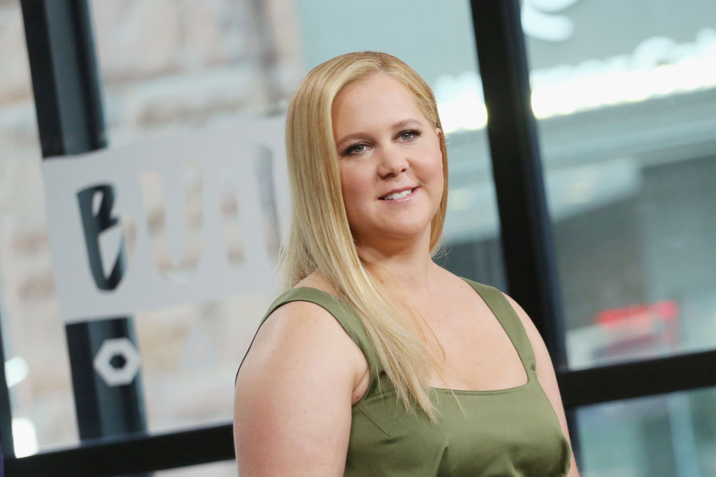 Amy Schumer clapped back to her mommy-shamers with the perfect post-pregnancy pic