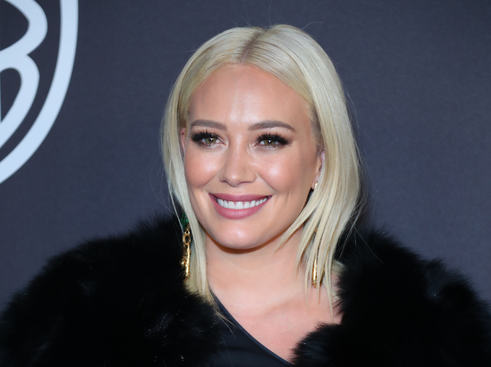 Hilary Duff got '70s-style curtain bangs, and now we need them too