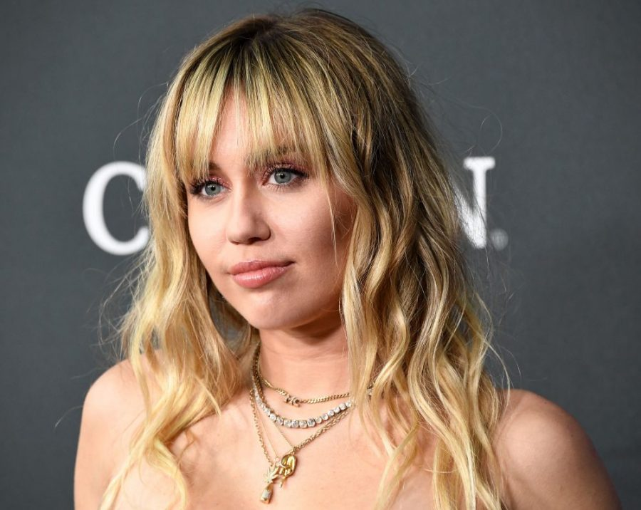 People are freaking out about Miley Cyrus's thoughts on virginity, and there's no need to attack her