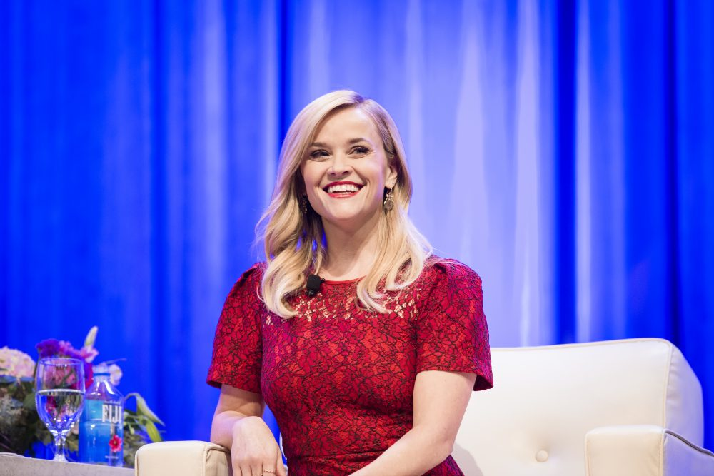 Reese Witherspoon just got a bob for summer, so show these pics to your stylist to get her look