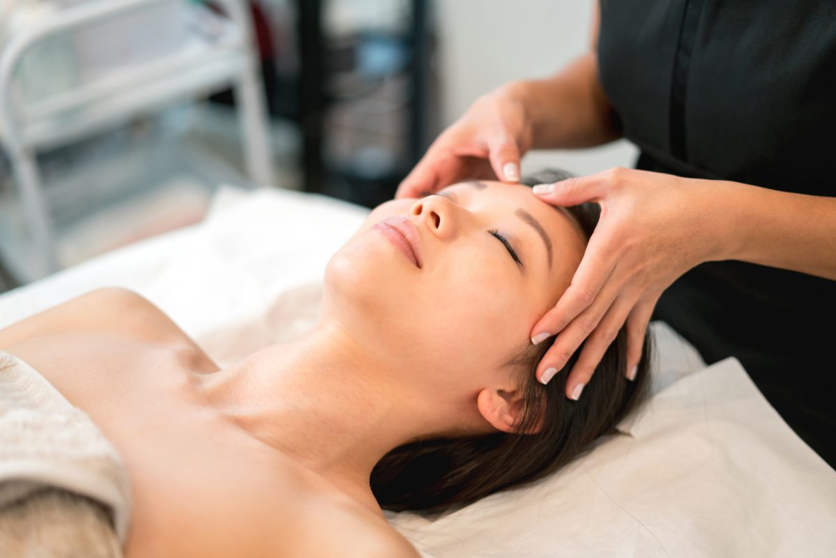 Chinese massage as a beauty treatment: here's what you need to know