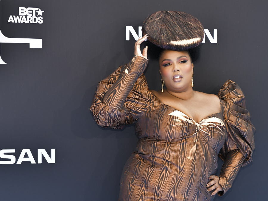 Lizzo is making wood nail art happen, and turns out we're 100% on board