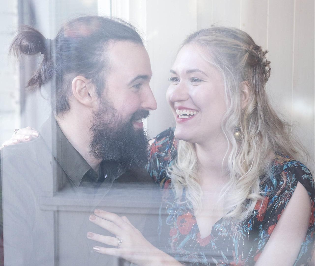 The Right Swipe: Meet Julia and Scott, a married couple that found love on Tinder