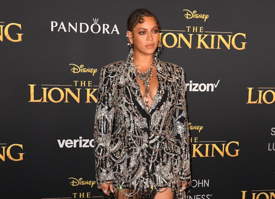 The stars of the <em>The Lion King</em> looked like actual royalty at the film's world premiere