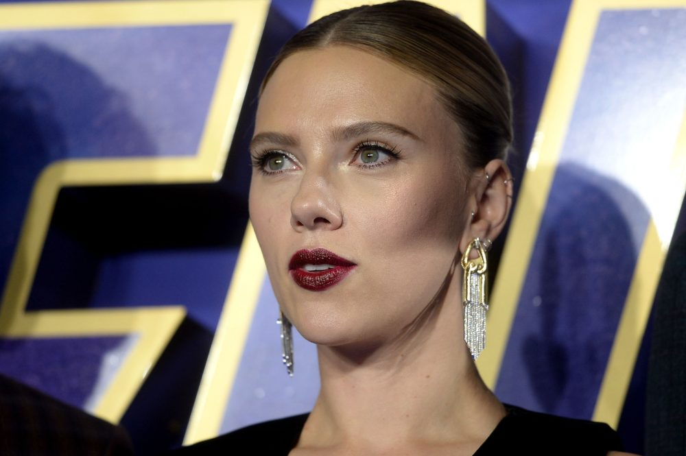 "Scarlett Johansson said she should be able to play ""any person, or any tree, or any animal,"" and Twitter isn't having it"