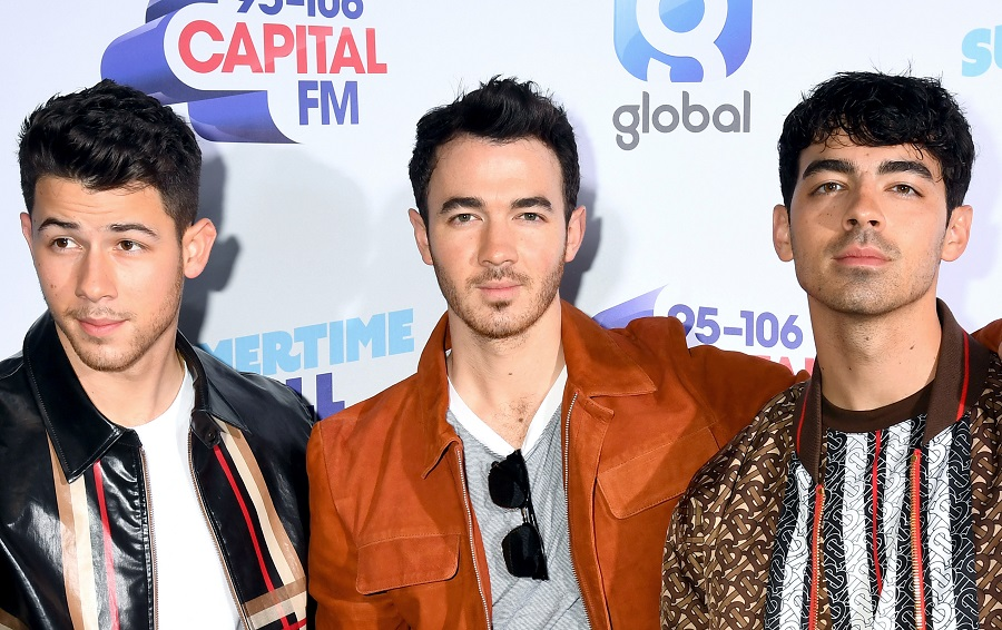 "Celebrities are using the ""old age"" FaceApp filter, and you have to see Cardi B and the Jonas Brothers"