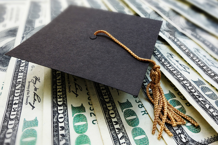 This is how I saved money before and during graduate school to eventually pay off my student loans