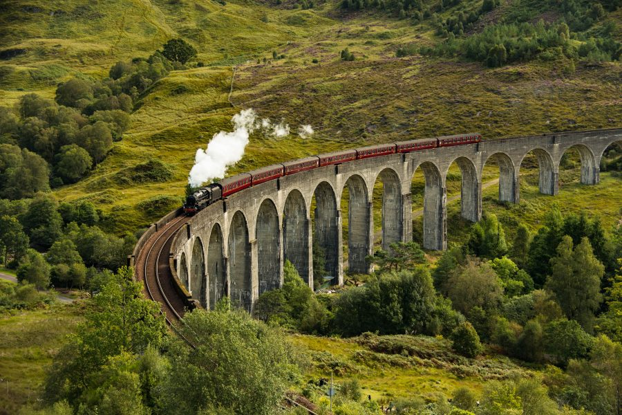 Harry Potter fans can finally ride the Hogwarts Express, and we're ready to hop on now