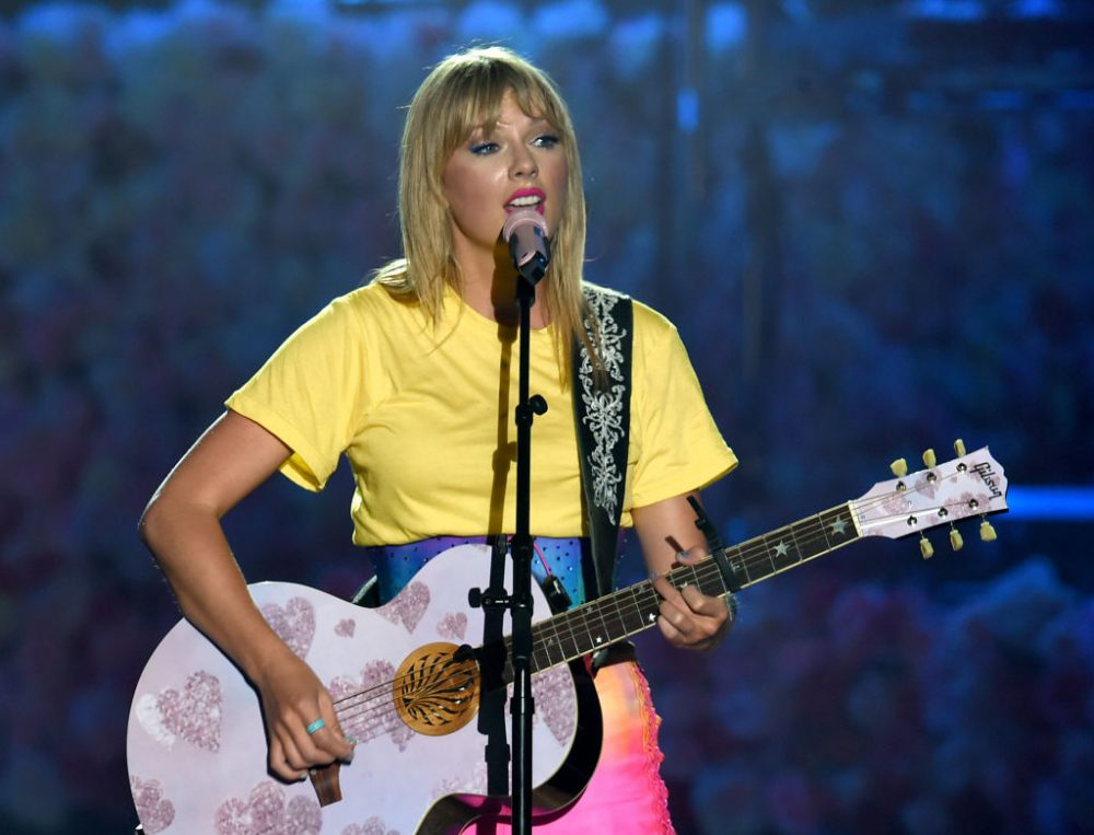 Taylor Swift revealed the exact moment she started to notice sexism in the music industry, and ugh